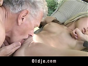 insatiable blonde tempts old guy to penetrate