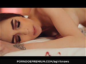 A dame KNOWS - luxurious girly-girl dolls cooch licking