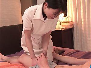 Nana Nakamura gives massage and receives boner in come back