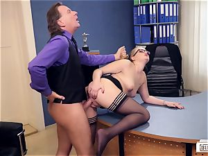 booties BUERO - wondrous German assistant drilled by chief