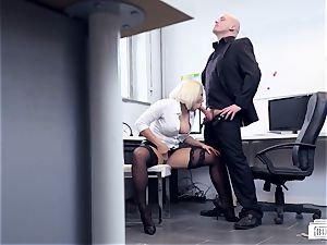 arses BUERO - scorching office hump with German damsel