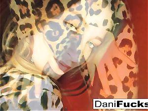 Dani Daniels frigs her tight raw slit