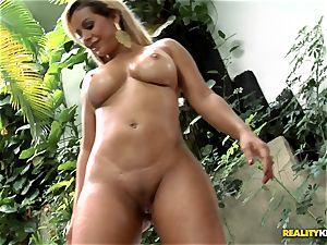 bodacious mexican culo penetrating - Nicolle Bittencourt