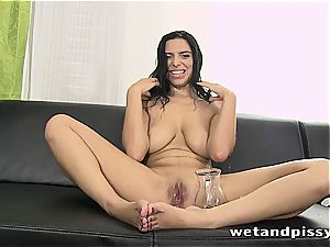 bombshell Kira princess makes her stockings a dirt with pee