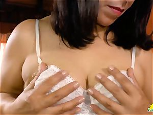 LatinChili good brazilian Mature honies are playing