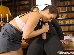 Headmistress Eva Lovia plays with her ultra-kinky college girl