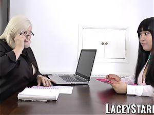 LACEYSTARR - biz GILF tongue probes youthful vagina