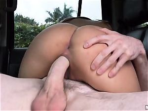 Car seat rod fellating Zaya Cassidy