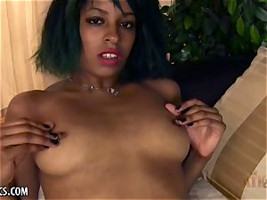 Dharma's chocolate puss gets fingered