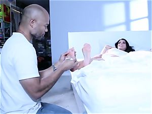 Romi Rains Painting And foot love Behind The sequences