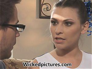 hot dark haired cheerleader Victoria Lawson gets her man