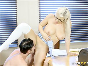 crazy student Kylie Page romps her professor