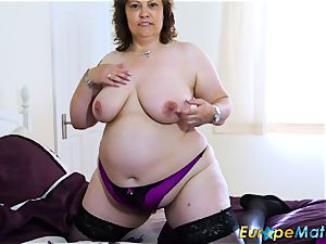 EuropeMaturE chesty curvaceous Mature fucktoy getting off