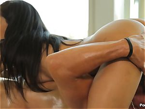 Chloe Amour rubdown and extras
