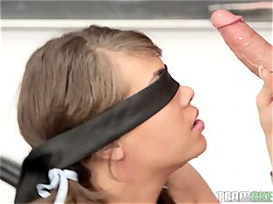 college girl Cassidy Banksbangs the teacher