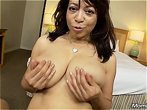 big-boobed mummy penetrating for the first time on cam