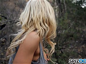blonde lovelies Sarah Vandella and Alix Lynx tear up with masked man