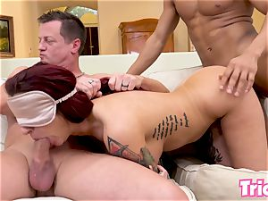 Trickery Tana Lea gets tricked into her first-ever gangbang