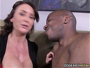 Janet Mason tries Mandingo's hefty black trouser snake