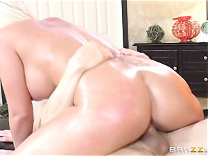 Leya Falcon cheats with her immense dicked masseur