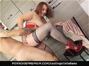casting ALLA ITALIANA - Italian mature deep assfuck boink
