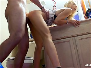 Alix Lynx gets a great banging