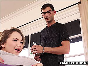 FamilyHookups- groping My horny Stepsister Down