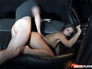 Eva Lovia picks up fellows off the street to boink